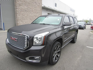 2017 GMC YUKON XL DENALI 4WD Dick Smith Ford serving Columbia, Sumter, Orangeburg, West Columbia, Lexington, Newberry, Lugoff SC, Selling new Ford cars and trucks and used vehciles in Columbia, SC