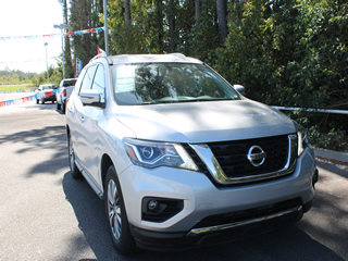 2019 NISSAN PATHFINDER SL Dick Smith Ford serving Columbia, Sumter, Orangeburg, West Columbia, Lexington, Newberry, Lugoff SC, Selling new Ford cars and trucks and used vehciles in Columbia, SC