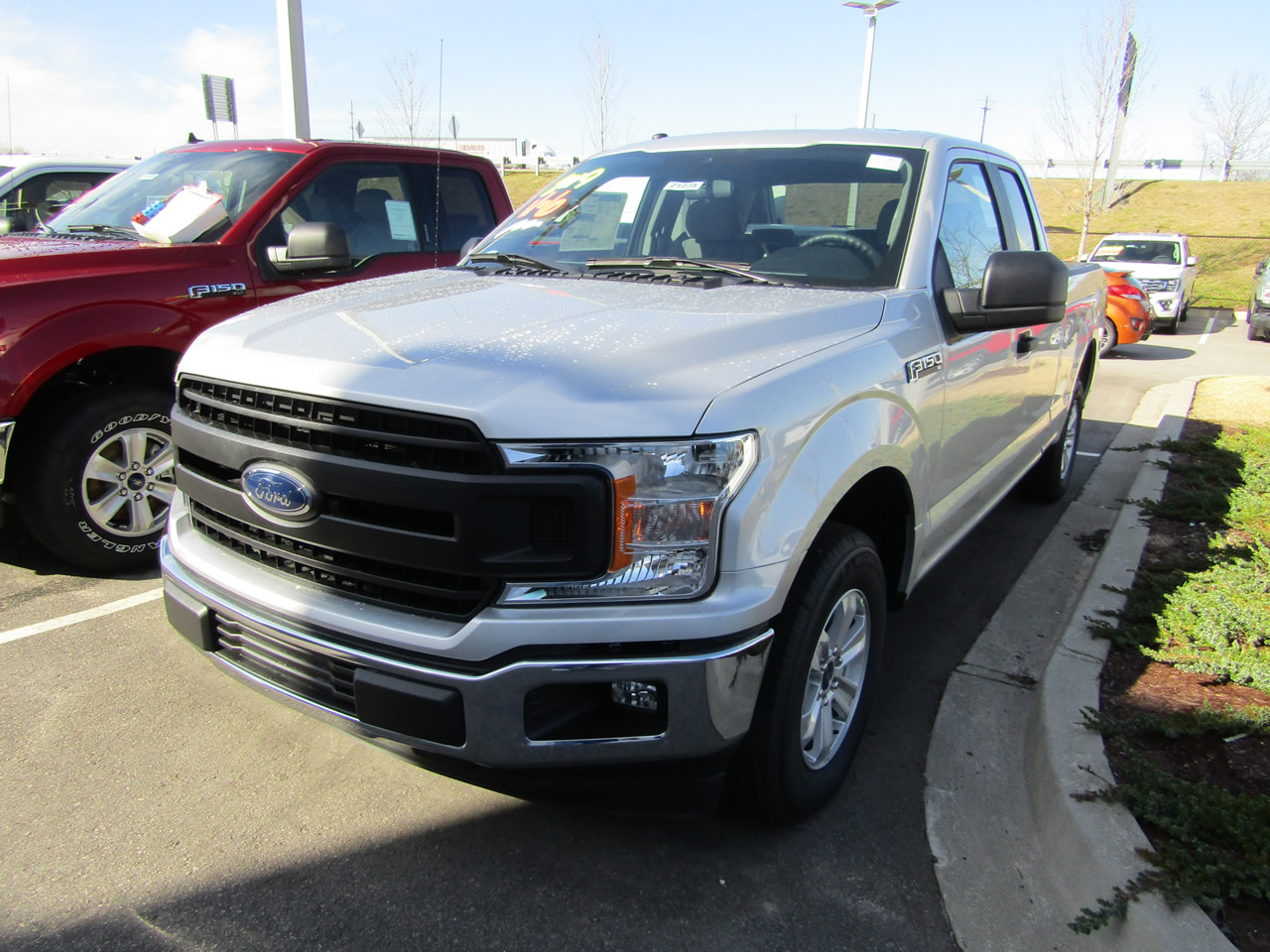 2019 Ford F-150 XL SuperCab Dick Smith Ford serving Columbia, Sumter, Orangeburg, West Columbia, Lexington, Newberry, Lugoff SC, Selling new Ford cars and trucks and used vehciles in Columbia, SC