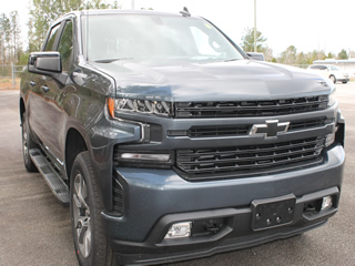 2020 Chevrolet Silverado 1500 Crew Cab RST 4WD Dick Smith Ford serving Columbia, Sumter, Orangeburg, West Columbia, Lexington, Newberry, Lugoff SC, Selling new Ford cars and trucks and used vehciles in Columbia, SC